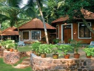 Manaltheeram Ayurveda Beach Village Resort 3*