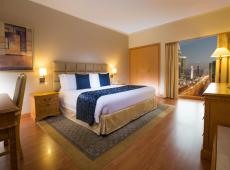 Crowne Plaza Dubai Apartments 5*
