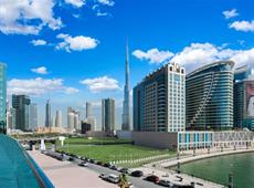Radisson Blu Hotel Dubai Waterfront 5*