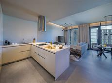 The Residences at Caesars Palace Bluewaters Dubai 5*