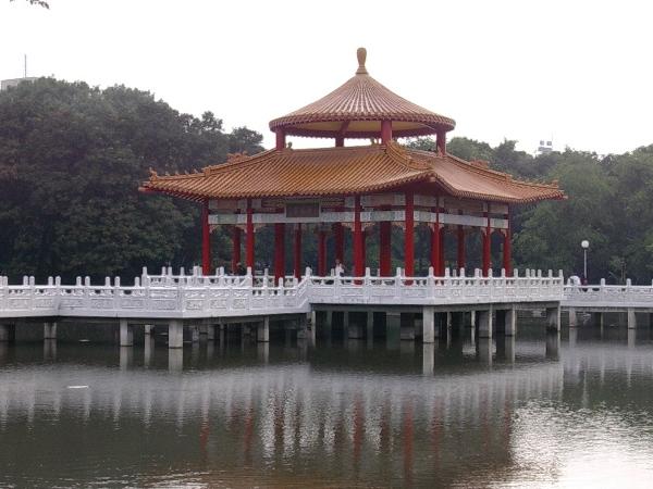 Южные ворота в старой городской стене в Тайнань