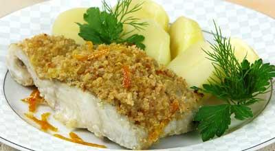 Запеченная рыба подается с любым гарниром.